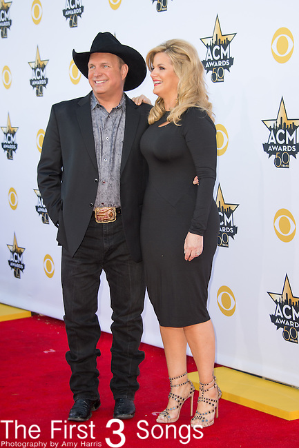 Garth Brooks and Trisha Yearwood attend the 50th Academy Of Country Music Awards at AT&T Stadium on April 19, 2015 in Arlington, Texas.