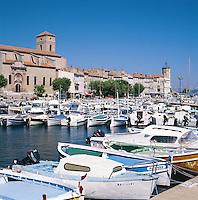France, Côte d'Azur, La Ciotat: Harbour Scene | Frankreich, Côte d'Azur, La Ciotat: Hafen