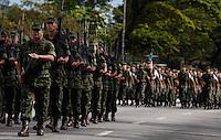 SAO PAULO, SP, 09 JULHO 2012 - 80 ANOS REVOLUCAO DE 1932 - Desfile em solenidade alusiva ao 80º aniversario da Revolução Constitucionalista de 1932, na regiao do Parque do Ibirapuera, regiao sul da capital paulista, nesta segunda-feira, 09. (FOTO: VANESSA CARVALHO / BRAZIL PHOTO PRESS).