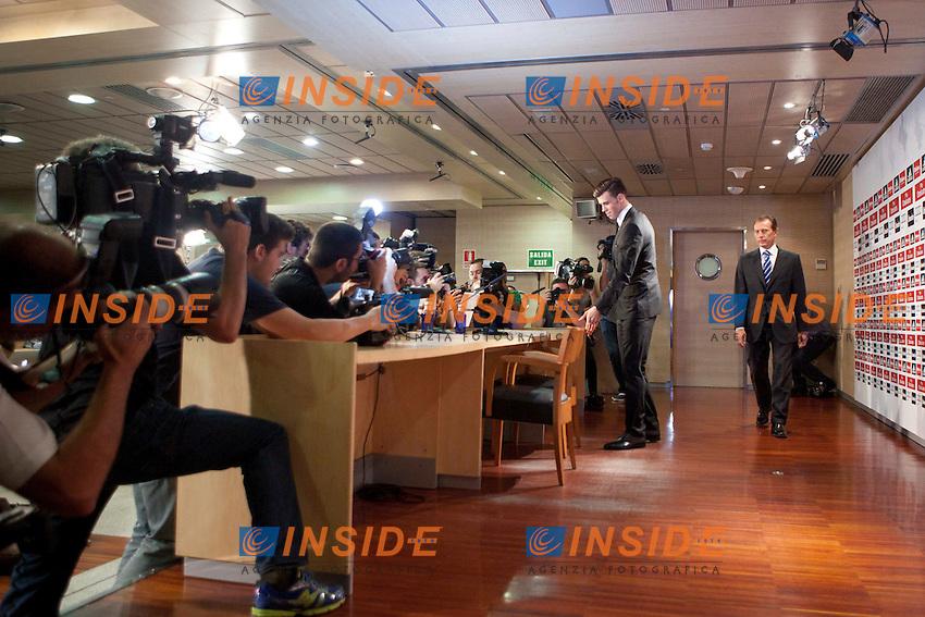 Gareth Bale during the official presentation as new player of Real Madrid football club in Santiago bernabeu Stadium in Madrid, Spain.. September 02, 2013. (ALTERPHOTOS/Caro Marin) <br /> Football Calcio 2013/2014<br /> La Liga Spagna<br /> Foto Alterphotos / Insidefoto <br /> ITALY ONLY