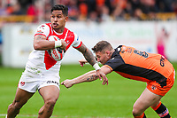 Picture by Alex Whitehead/SWpix.com - 12/05/2018 - Rugby League - Ladbrokes Challenge Cup - Castleford Tigers v St Helens - Mend-A-Hose Jungle, Castleford, England - St Helens' Ben Barba escapes the tackle of Castleford's Jamie Ellis.