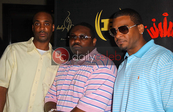 Vidal Davis with Beanie Segal and Dre<br />at the 3rd Annual Work Hard, Play Harder Lounge benefitting Women For The World. W Hotel, Westwood, CA. 06-25-06<br />Dave Edwards/DailyCeleb.com 818-249-4998
