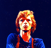 DAVID BOWIE - performing live in the USA - 1975.  Photo Credit:  Dagmar/Shooting Star/Dalle/IconicPix