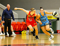 29th December 2019; Bendat Basketball Centre, Perth, Western Australia, Australia; Womens National Basketball League Australia, Perth Lynx versus Canberra Capitals; Maddison Rocci of the Canberra Capitals dribbles past Alison Schwagmeyer-Belger of the Perth Lynx - Editorial Use