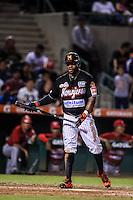 Eric Young Jr. en su turno al bat, durante partido3 de beisbol entre Naranjeros de Hermosillo vs Mayos de Navojoa. Temporada 2016 2017 de la Liga Mexicana del Pacifico.<br /> © Foto: LuisGutierrez/NORTEPHOTO.COM