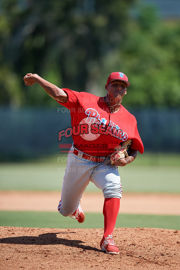 Philadelphia Phillies pitcher Cristian Hernandez (70) delivers a pitch during a Florida Instructional League game against the Atlanta Braves on October 5, 2018 at the Carpenter Complex in Clearwater, Florida.  (Mike Janes/Four Seam Images)