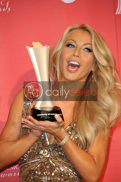 Julianne Hough<br />in the press room at the 44th Annual Academy of Country Music Awards. MGM Grand Garden Arena, Las Vegas, NV. 04-05-09<br />Dave Edwards/DailyCeleb.com 818-249-4998