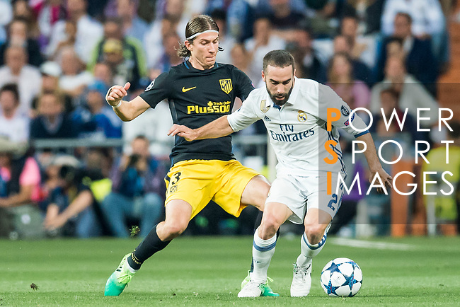 Daniel Carvajal Ramos (r) of Real Madrid fights for the ball with Filipe Luis of Atletico de Madrid during their 2016-17 UEFA Champions League Semifinals 1st leg match between Real Madrid and Atletico de Madrid at the Estadio Santiago Bernabeu on 02 May 2017 in Madrid, Spain. Photo by Diego Gonzalez Souto / Power Sport Images