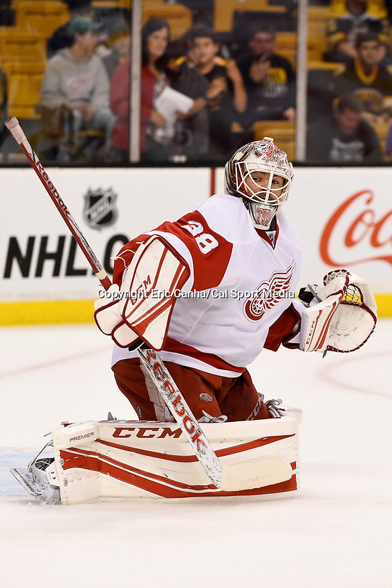 Monday, September 28, 2015, Boston, MA - Detroit Red Wings goalie Tom McCollum (38) skates during the warm up period at the NHL game between the Detroit Red Wings and the Boston Bruins held at TD Garden, in Boston, Massachusetts. Detroit defeats Boston 3-1 in regulation time. Eric Canha/CSM