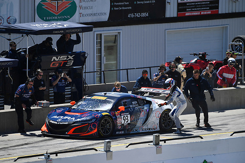 Pirelli World Challenge<br /> Victoria Day SpeedFest Weekend<br /> Canadian Tire Motorsport Park, Mosport, ON CAN Saturday 20 May 2017<br /> Peter Kox/ Mark Wilkins pit stop<br /> World Copyright: Richard Dole/LAT Images<br /> ref: Digital Image RD_CTMP_PWC17092