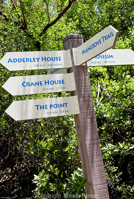 A signpost points the hiker in the right direction on the Crane Point Nature Trails.