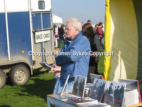 HWS selling Hunting with Hounds 2002.