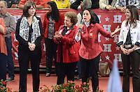 ATENCAO EDITOR IMAGEM EMBARGADA PARA VEICULOS INTERNACIONAIS - SAO PAULO, SP, 20 OUTUBRO 2012 - ELEICOES 2012 - FERNANDO HADDAD - Nadia Campeao durante comício com presenca presidente da Republica Dilma Rousseff e o ex presidente Luiz Inacio Lula da Silva no Ginasio do Caninde na regiao norte da capital paulista, neste sábado, 20. (FOTO: ALEXANDRE MOREIRA / BRAZIL PHOTO PRESS).