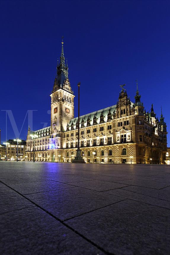 Rathausmarkt at night, Hamburg, Germany<br />