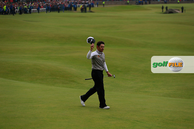 Louis Oosthuizen (RSA) on the 18th during the final round on Monday of the 144th Open Championship, St Andrews Old Course, St Andrews, Fife, Scotland. 20/07/2015.<br /> Picture: Golffile | Fran Caffrey<br /> <br /> <br /> All photo usage must carry mandatory copyright credit (&copy; Golffile | Fran Caffrey)
