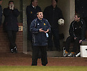 07/01/2006         Copyright Pic: James Stewart.File Name : sct_jspa09_alloa_v_livingston.ALLOA STAND IN BOSS GARETH EVANS SHOUTS HIS INSTRUCTIONS....Payments to :.James Stewart Photo Agency 19 Carronlea Drive, Falkirk. FK2 8DN      Vat Reg No. 607 6932 25.Office     : +44 (0)1324 570906     .Mobile   : +44 (0)7721 416997.Fax         : +44 (0)1324 570906.E-mail  :  jim@jspa.co.uk.If you require further information then contact Jim Stewart on any of the numbers above.........