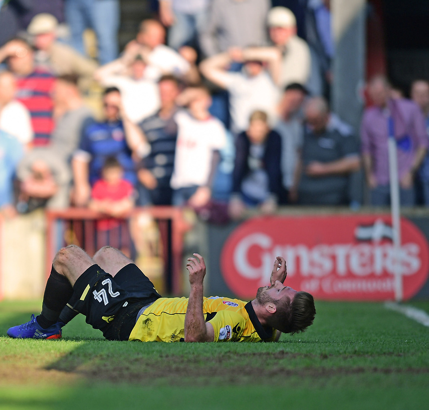 Bolton Wanderers' James Henry rectas after missing a chance in the second half<br /> <br /> Photographer Chris Vaughan/CameraSport<br /> <br /> The EFL Sky Bet League One - Scunthorpe United v Bolton Wanderers - Saturday 8th April 2017 - Glanford Park - Scunthorpe<br /> <br /> World Copyright &copy; 2017 CameraSport. All rights reserved. 43 Linden Ave. Countesthorpe. Leicester. England. LE8 5PG - Tel: +44 (0) 116 277 4147 - admin@camerasport.com - www.camerasport.com