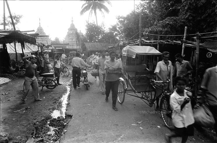 11.2003 Bhubaneswar(Orissa)<br /> <br /> Le march&eacute; de Bhubaneswar.<br /> <br /> The market of Bhubaneswar