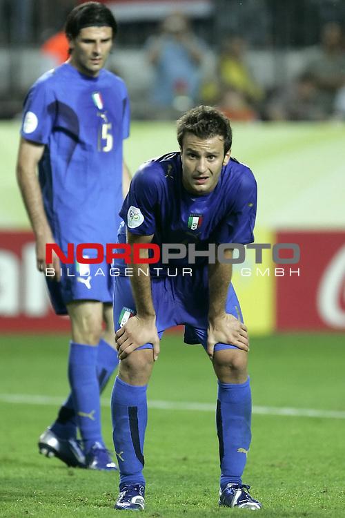 FIFA WM 2006 -  Gruppe E Vorrunde ( Group E )<br /> Play   #25 (17-Jun) - Italien - USA 1:1<br /> <br />  GILARDINO<br /> <br /> <br /> Foto &copy; nordphoto