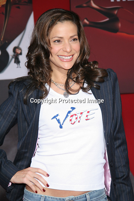Constance Marie<br />&quot;The Incredibles&quot; Film Premiere - Arrivals<br />El Capitan Theatre<br />Hollywood, CA, USA<br />Sunday, October 24, 2004<br />Photo By Celebrityvibe.com/Photovibe.com, <br />New York, USA, Phone 212 410 5354, <br />email: sales@celebrityvibe.com