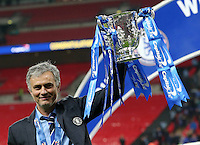 Chelsea manager Jose Mourinho with the trophy League Cup Final - Chelsea vs Tottenham Hotspur - Wembley Stadium - England - 1st March 2015 <br /> Foto BPI/Imago/Insidefoto  <br /> ITALY ONLY