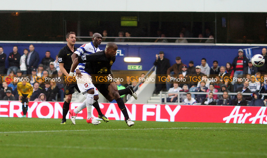 Sylvain Distin scores the 1st goal for Everton - Queens Park Rangers vs Everton, Barclays Premier League at Loftus Road - 21/10/12 - MANDATORY CREDIT: Rob Newell/TGSPHOTO - Self billing applies where appropriate - 0845 094 6026 - contact@tgsphoto.co.uk - NO UNPAID USE.