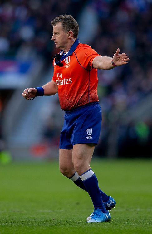 Referee Nigel Owens<br /> <br /> Photographer Bob Bradford/CameraSport<br /> <br /> Guinness Six Nations Championship - England v France - Sunday 10th February 2019 - Twickenham Stadium - London<br /> <br /> World Copyright &copy; 2019 CameraSport. All rights reserved. 43 Linden Ave. Countesthorpe. Leicester. England. LE8 5PG - Tel: +44 (0) 116 277 4147 - admin@camerasport.com - www.camerasport.com