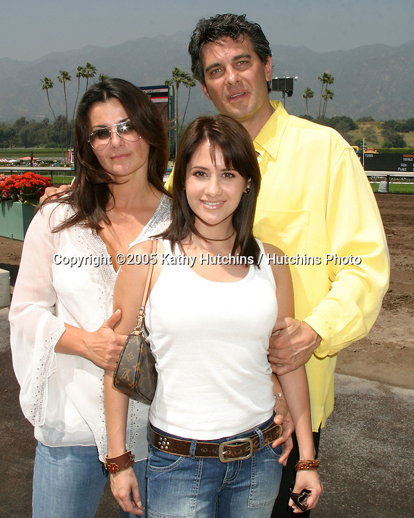 Eva Tamargo.Silvana Arias.Richard Steinmetz.Soap Opera Day at.Santa Anita Park.benefiting Make-a-Wish Foundation.Arcadia, CA.April 17, 2005.©2005 Kathy Hutchins / Hutchins Photo