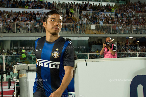 "Yuto Nagatomo (Inter), .AUGUST 26, 2012 - Football / Soccer : .the Italian ""Serie A"" match between Pescara 0-3 Inter Milan at Adriatico Stadium, Pescara, Italy. . (Photo by Enrico Calderoni/AFLO SPORT)"
