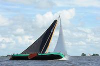 SKUTSJESILEN: : 2011, SKS skûtsjesilen, skûtsje Lemmer, Lemster skûtsje, schipper Johannes Meeter, ©foto Martin de Jong