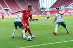 Danny Latza (FSV Mainz 05 #06), Leonardo Bittencourt  (Werder Bremen #10) Theodor Gebre Selassie (Werder Bremen #23)<br /> <br /> <br /> Sport: nphgm001: Fussball: 1. Bundesliga: Saison 19/20: 33. Spieltag: 1. FSV Mainz 05 vs SV Werder Bremen 20.06.2020<br /> <br /> Foto: gumzmedia/nordphoto/POOL <br /> <br /> DFL regulations prohibit any use of photographs as image sequences and/or quasi-video.<br /> EDITORIAL USE ONLY<br /> National and international News-Agencies OUT.