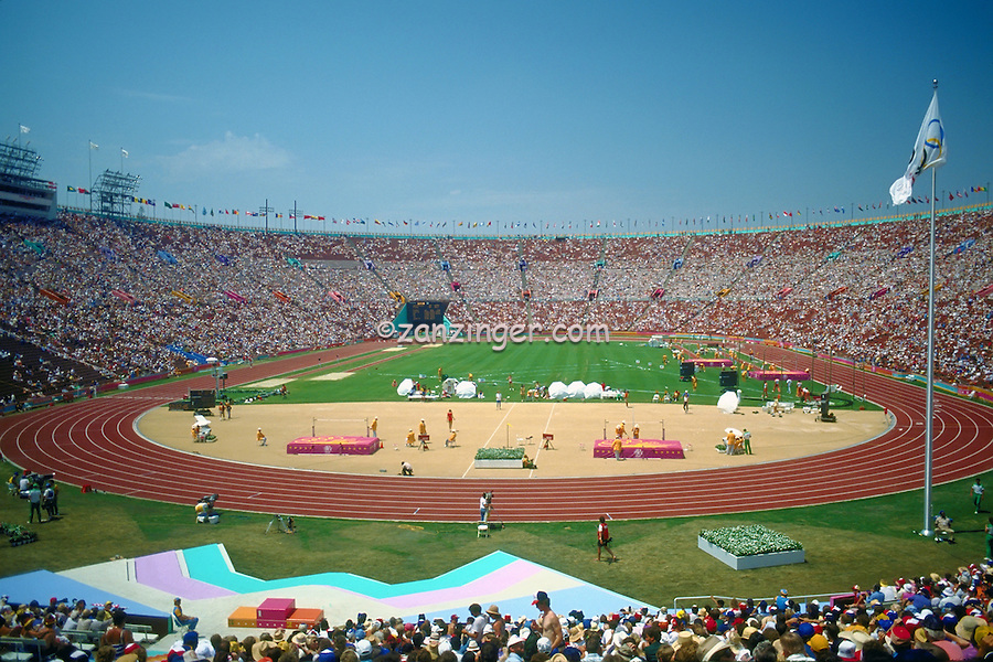 Olympics, Los Angeles , CA, Memorial Coliseum , outdoor sports stadium in the University Park,.Crowd at the Los Angeles Coliseum in California,