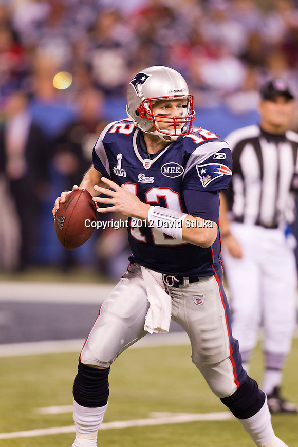 New England Patriots quarterback Tom Brady (12) looks for a receiver during the NFL Super Bowl XLVI football game against the New York Giants on Sunday, Feb. 5, 2012, in Indianapolis. The Giants won 21-17 (AP Photo/David Stluka)...