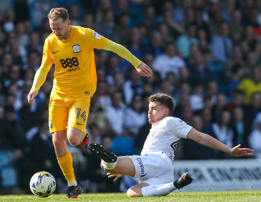 Preston North End's Aidan McGeady is tackled by Leeds United's Kalvin Phillips<br /> <br /> Photographer Alex Dodd/CameraSport<br /> <br /> The EFL Sky Bet Championship - Leeds United v Preston North End - Saturday 8th April 2017 - Elland Road - Leeds<br /> <br /> World Copyright &copy; 2017 CameraSport. All rights reserved. 43 Linden Ave. Countesthorpe. Leicester. England. LE8 5PG - Tel: +44 (0) 116 277 4147 - admin@camerasport.com - www.camerasport.com