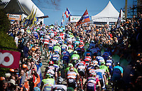 peloton up the infamous Mur de Huy (1300m/9.8%)<br /> <br /> Flèche Wallonne 2016