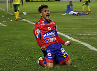 PASTO - COLOMBIA, 15-11-2017:Wilfrido de La Rosa  del Deportivo Pasto celebra después de anotar un gol al Atlético Huila  durante partido por la fecha 17 de la Liga Aguila II 2017 jugado en el estadio La Libertad de la ciudad de Pasto. / Wilfrido de La Rosa of Deportivo Pasto celebrates after scoring a goal to Atletico Huia  during match for the date 17 of the Liga Aguila II 2017 played at La Libertad Stadium in Pasto  city. Photo: Vizzorimage / Leonardo Castro / Contribuidor