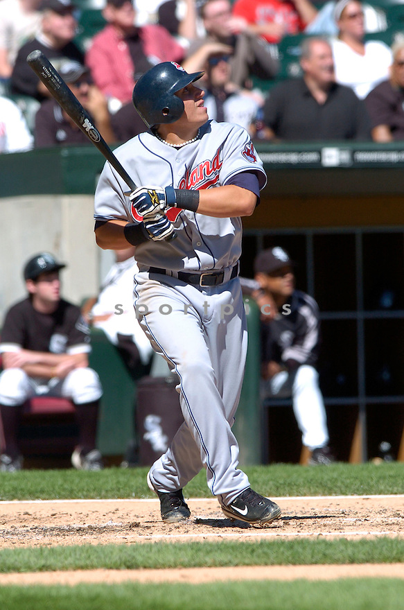 ASDRUBA CABRERRA, of the Cleveland Indians , in action during the Indians game against the  Chicago White Sox  in Chicago, IL on September 12, 2007...White Sox win 7-4..DAVID DUROCHIK / SPORTPICS.....