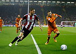 Chris Basham of Sheffield Utd charges into the box during the Championship match at the Bramall Lane Stadium, Sheffield. Picture date 27th September 2017. Picture credit should read: Simon Bellis/Sportimage