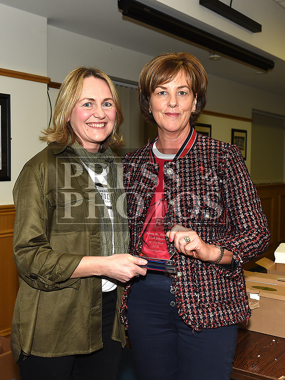 Pauline McDonnell presents club person of the year award to Janet Commons at the St. Mary's juvenile awards night. Photo:Colin Bell/pressphotos.ie