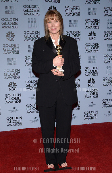 Actress SISSY SPACEK at the 59th Annual Golden Globe Awards in Beverly Hills..20JAN2002.© Paul Smith/Featureflash