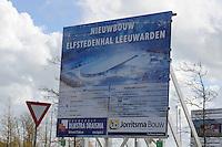 SCHAATSEN: LEEUWARDEN: 30-04-2015, Nieuwe ijsbaan in aanbouw de Elfstedenhal, ©foto Martin de Jong