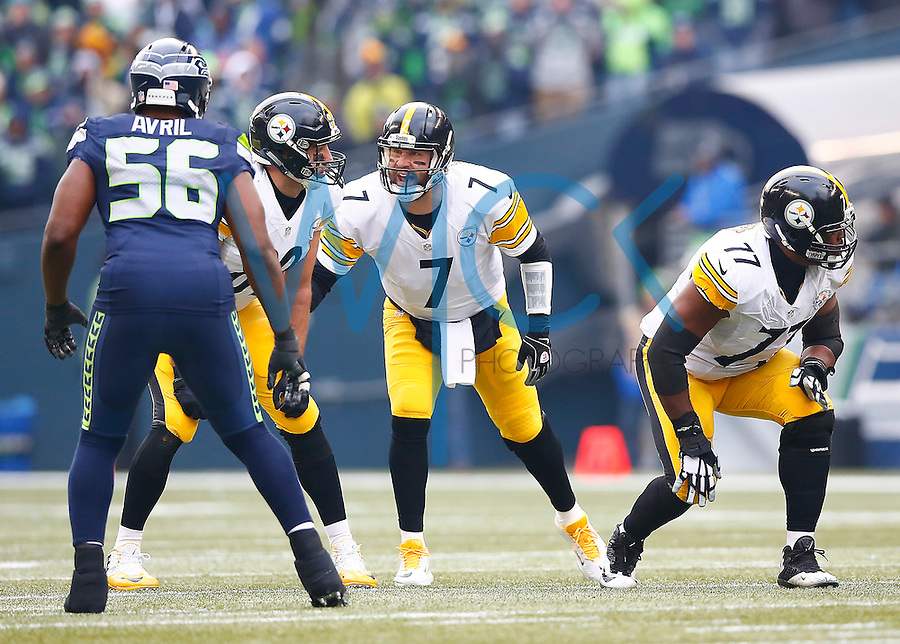 Ben Roethlisberger #7 of the Pittsburgh Steelers communicates with teammate Matt Spaeth #89 of the Pittsburgh Steelers in the first half against the Seattle Seahawks during the game at CenturyLink Field on November 29, 2015 in Seattle, Washington. (Photo by Jared Wickerham/DKPittsburghSports)