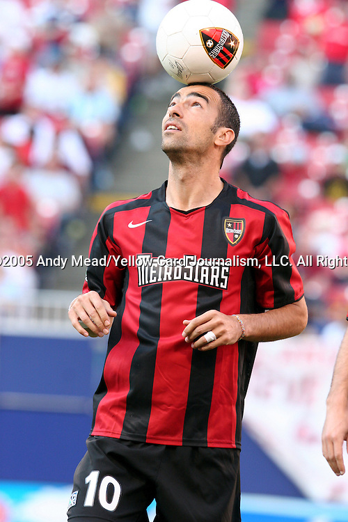 31 May 2004: Youri Djorkaeff. The MetroStars defeated the Chicago Fire 2-1 at Giants Stadium in East Rutherford, NJ during a regular season Major League Soccer game..