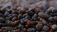 Rolling stones,Rullesteiner,strand,bølger,beach,sea,sjø