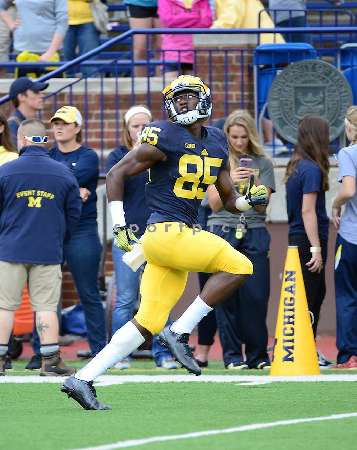 Michigan Wolverines Maurice Ways (85) during a game against the UNLV Rebels on September 19, 2015 at Michigan Stadium in Ann Arbor, MI. Michigan beat UNLV 28-7.