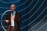 """SÃO PAULO, SP. 06.02.2015 -  CAMPUS PARTY DEBATES """"DADOS E PRIVACIDADE"""" - Fausto Sanctis, Desembargador Federal que compõe o Tribunal Pleno do Tribunal Regional Federal da 3ª Região durante o debate """"Dados e privacidade"""" que aconteceu na oitava edição da Campus Party na tarde desta sexta-feira, (6). (Foto: Renato Mendes / Brazil Photo Press)"""
