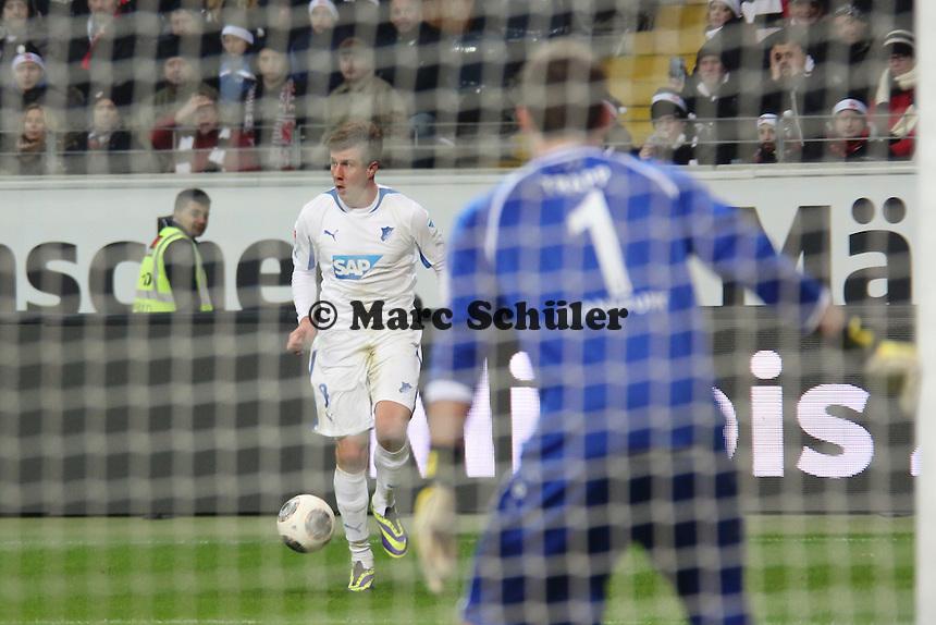 Sven Schipplock (Hoffenheim) gegen Kevin Trapp (Eintracht) - Eintracht Frankfurt vs. TSG 1899 Hoffenheim, Commerzbank Arena