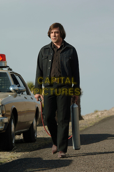 JAVIER BARDEM.in No Country for Old Men .**Editorial Use Only**.CAP/FB.Supplied by Capital Pictures