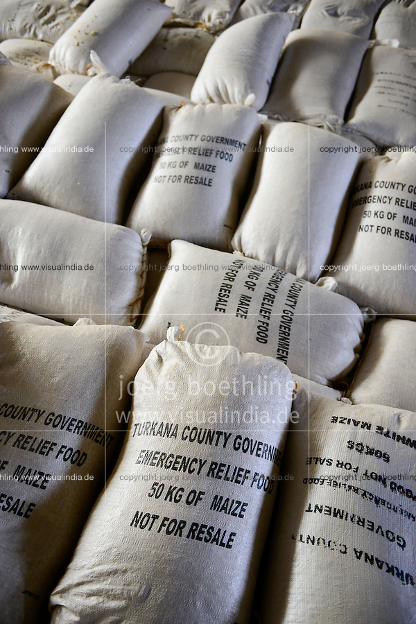 KENYA Turkana, Lodwar, relief food store of government, maize bags for distribution during famine / KENIA, Maissaecke in einem Lager fuer Duerre und Hunger