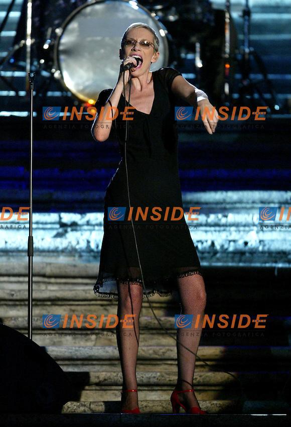 Roma 16 Luglio 2003 <br /> Donna Sotto le Stelle <br /> Annie Lennox<br /> Foto Andrea Staccioli Insidefoto
